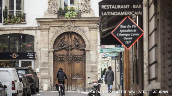 パリで不動産活況、マクロン政権や低金利を好感 【#写真】 #パリ #不動産  https://t.co/4ybYfy4KoP