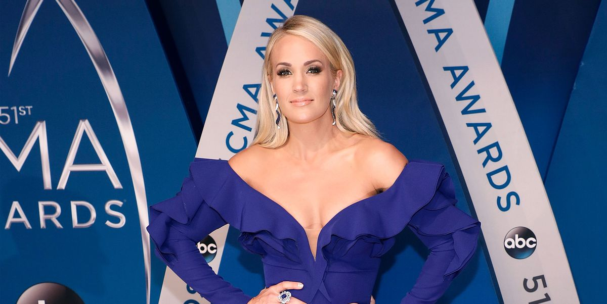 Carrie Underwood shares x-ray of her wrist two months after her scary fall https://t.co/ApsDW9dVKQ
