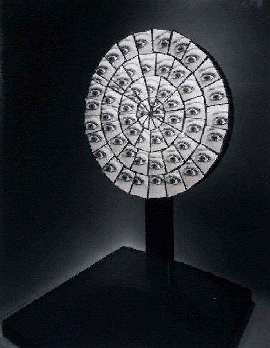 Berenice Abbott took amazing photos of science - 'Parabolic Mirror, 1958' https://t.co/DdNSdcH3XE