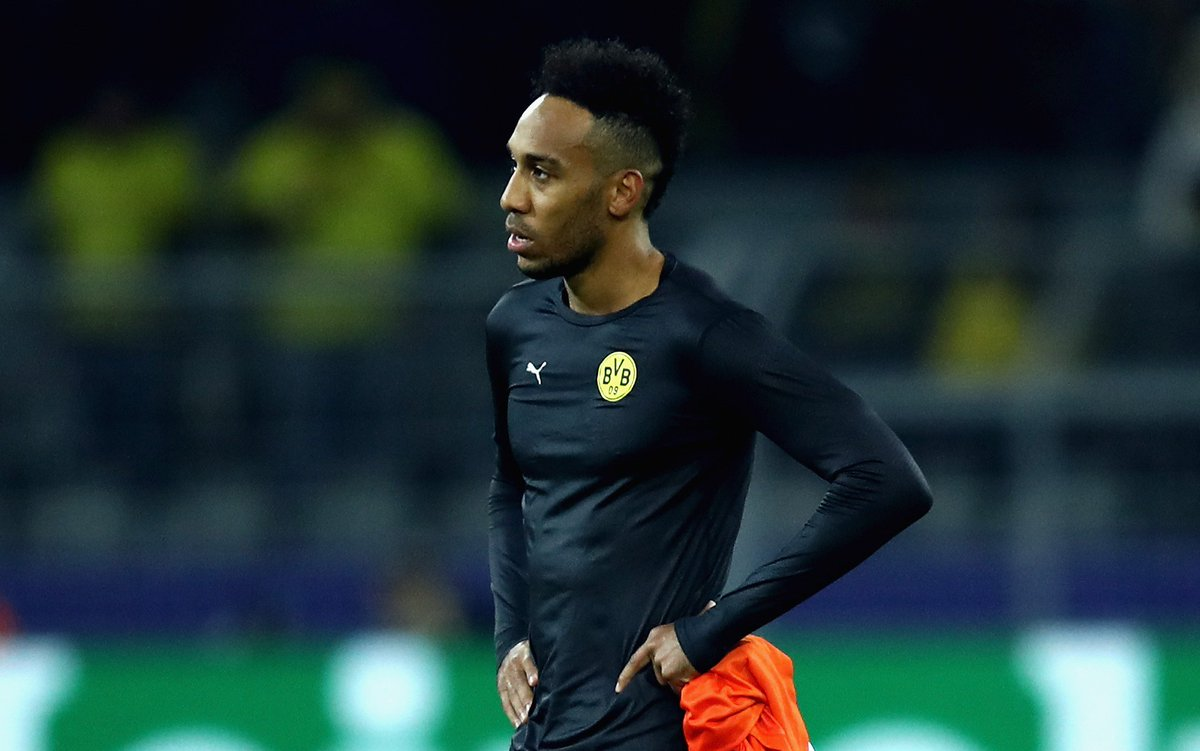 Arsenal confirm talks to sign Pierre-Emerick Aubameyang, but Arsene Wenger says deal 'not close'  READ MORE: https://t.co/ZgobhR5C8d #AFC