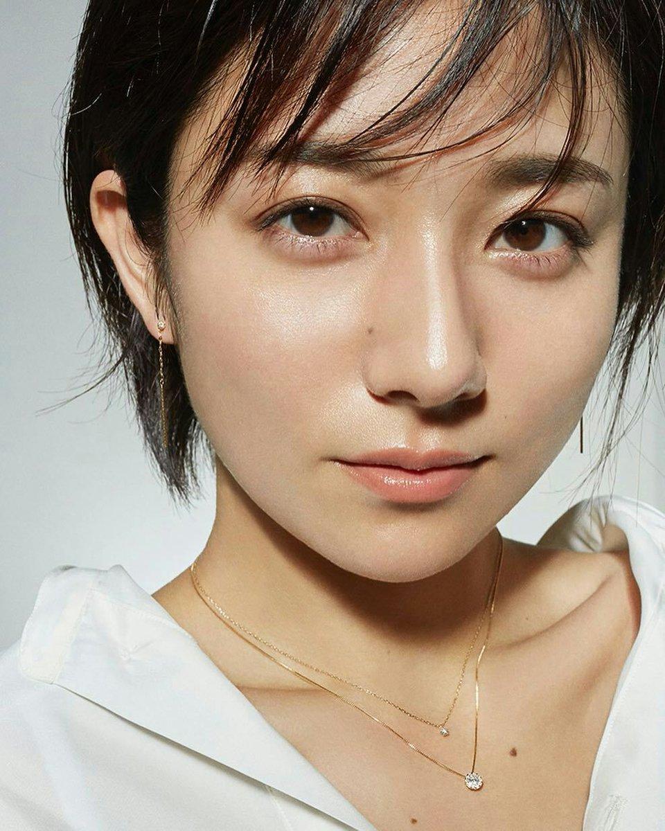 ショートヘアが似合う芸能人女性ランキングTOP33【画像付き