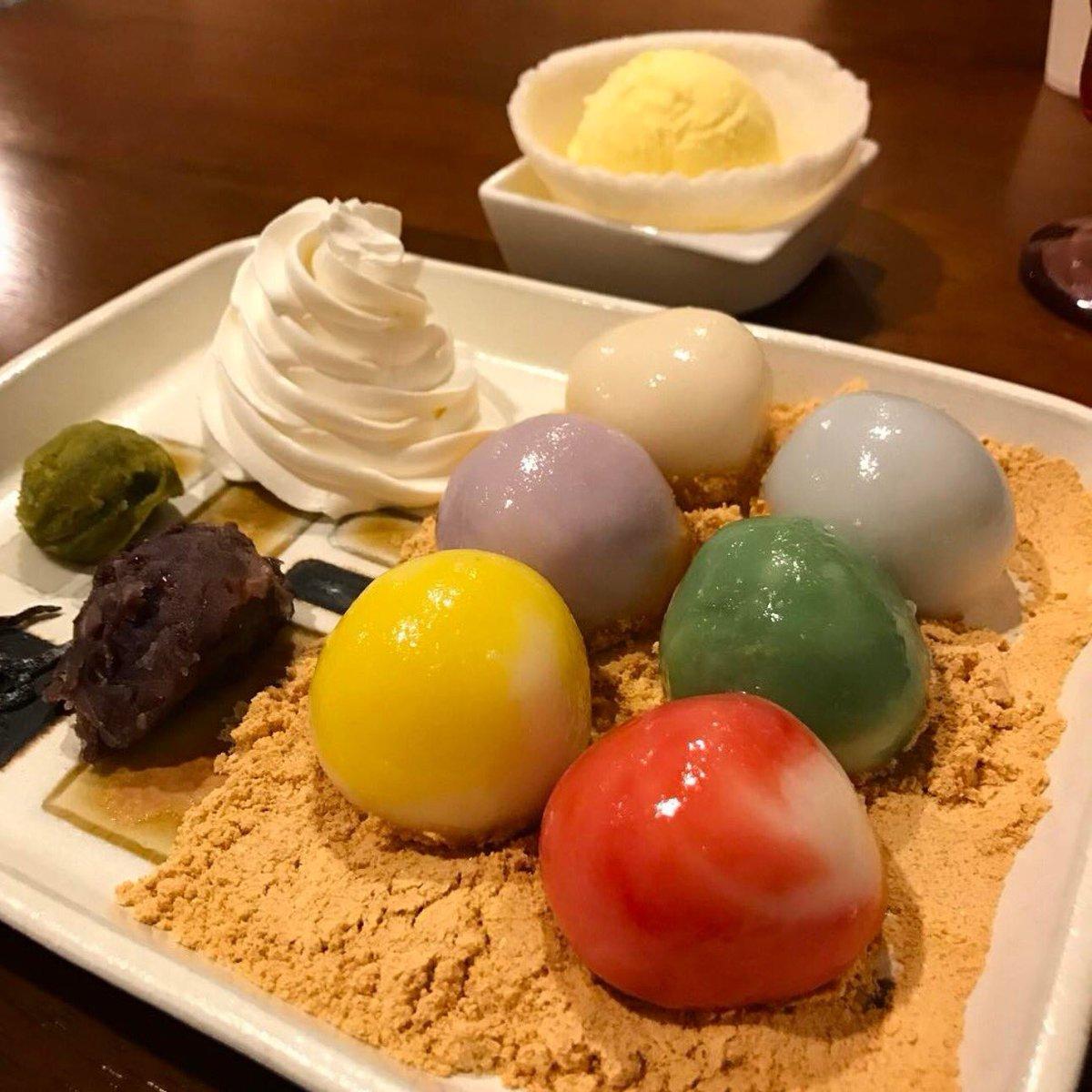 色鮮やかなカラフル白玉を食べられる大阪府難波駅にある和洋折衷の白玉専門店「しらたま」✨