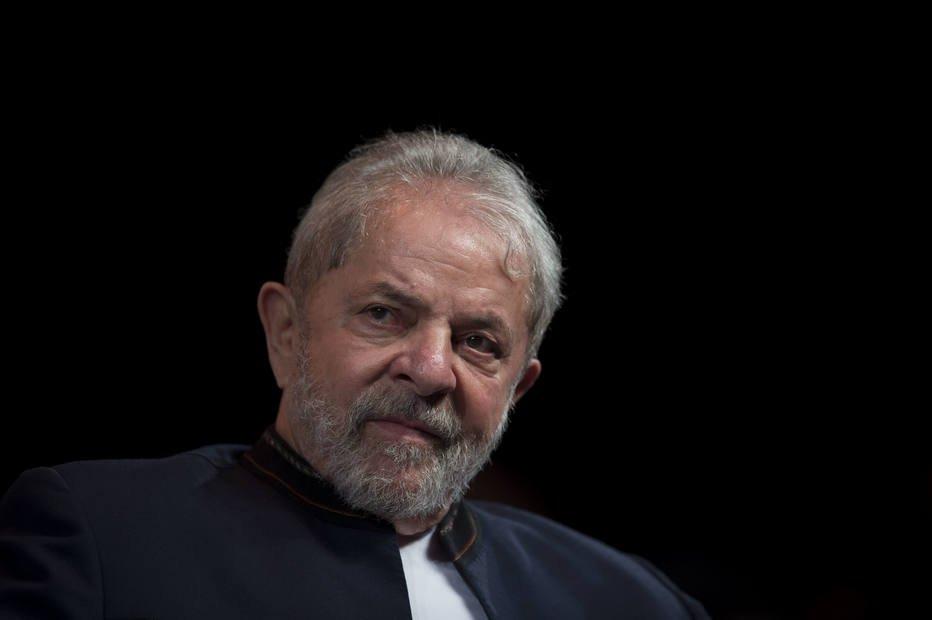 >@EstadaoEconomia Bolsa opera em queda com cautela dos investidores sobre julgamento de Lula https://t.co/jZbNwfzFbA