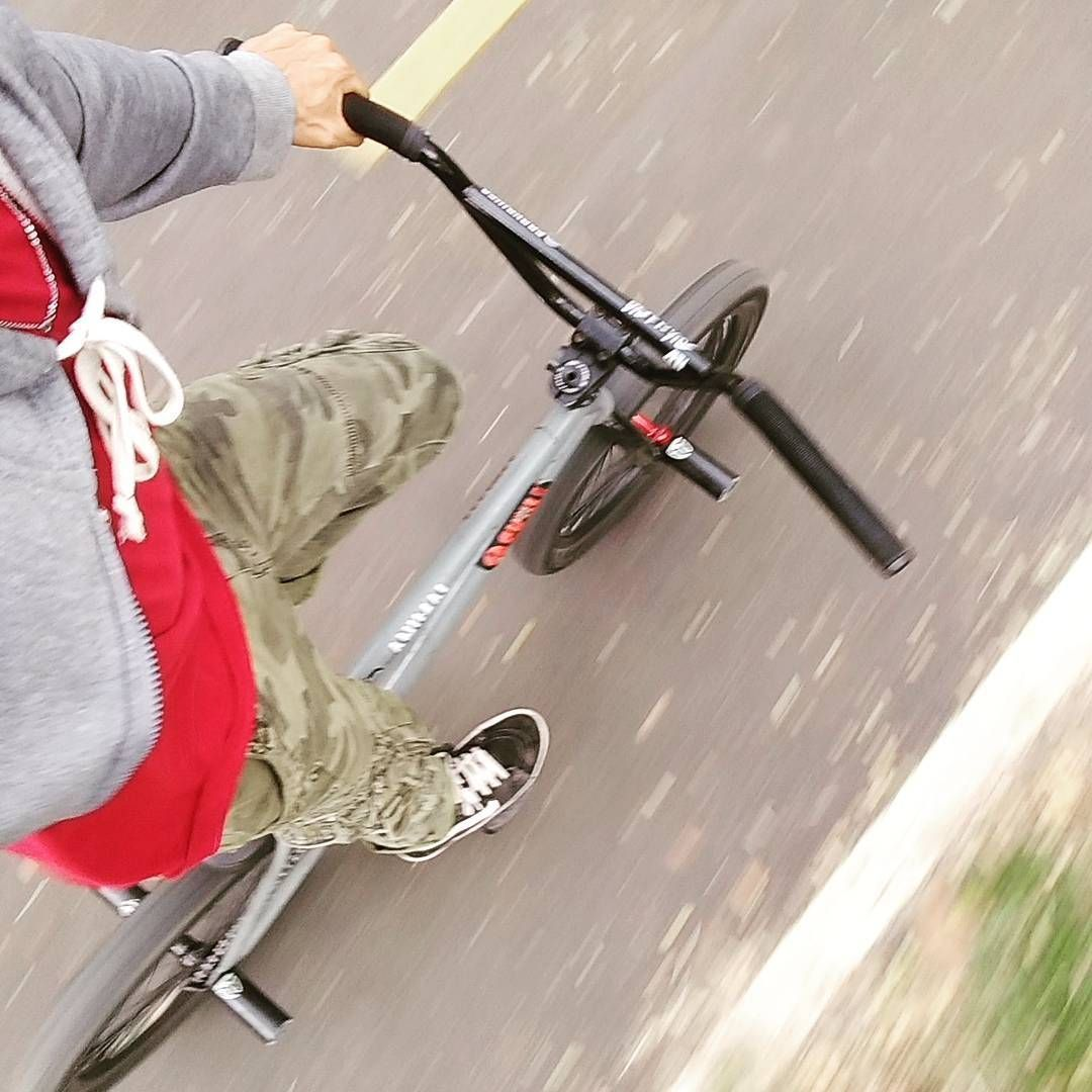 Un momento de felicidad   🚵🚴 #cycling #bike #weekend ➡️  https://t.co/1ZdG9tHPhr https://t.co/b19gL2SEIb