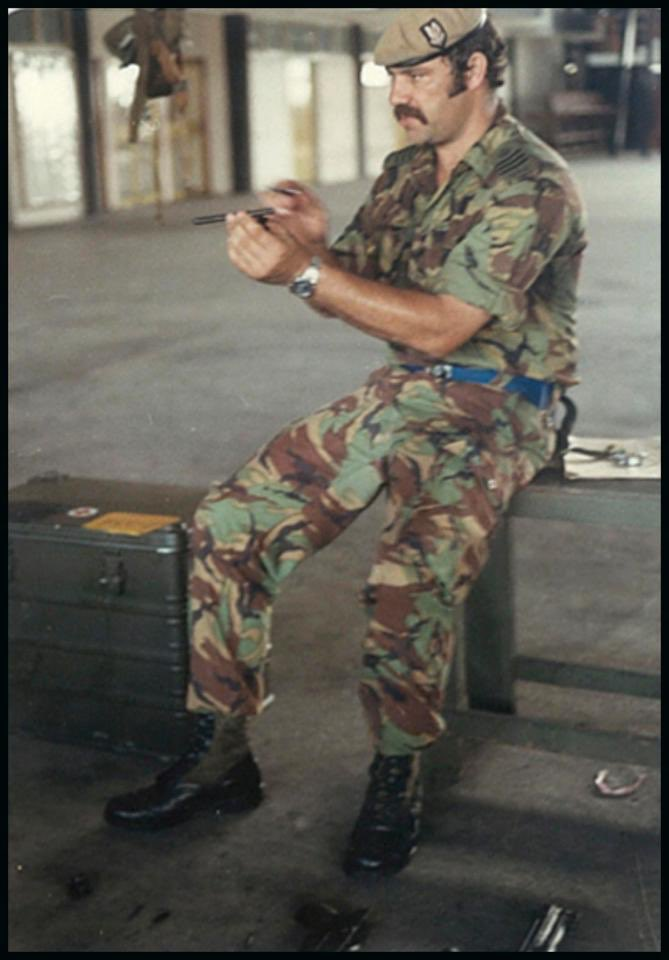 Hi @HfdsCouncil, have you found a home for SAS hero Bob Curry yet? If not, why not?  Would it help his chances if he pretended to be a convicted terrorist - rather than a man who repeatedly risked his life for this country?