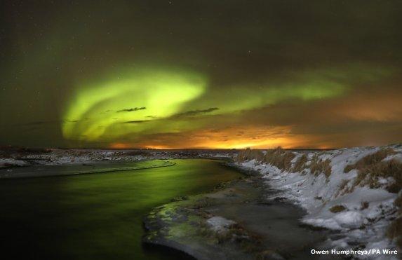 Beautiful #aurora seen over Iceland on 20th Jan. Jo