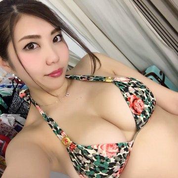 グラビアアイドル松岡凛のTwitter自撮りエロ画像6