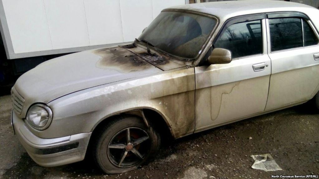 The Russian human rights group Memorial says unknown attackers have torched one of its cars in the North Caucasus region of Daghestan in the latest assault on the activists. https://t.co/gix43Cjbuk