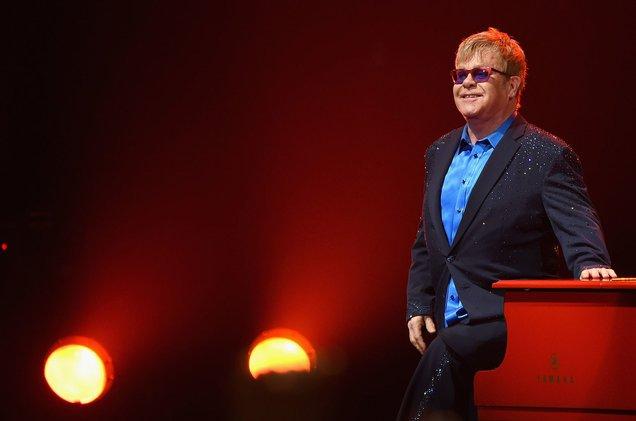 Davos Awards: Elton John talks refugees and HIV crises https://t.co/hPJPJ5D0mD https://t.co/bZNKXyNs1Y