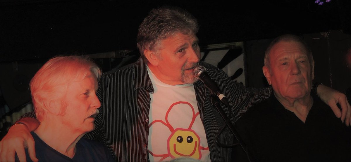 So great to see Robert, Steve and Roger from @Steamroller7 supporting us on stage! And with a ROSY T-shirt! Suits you!