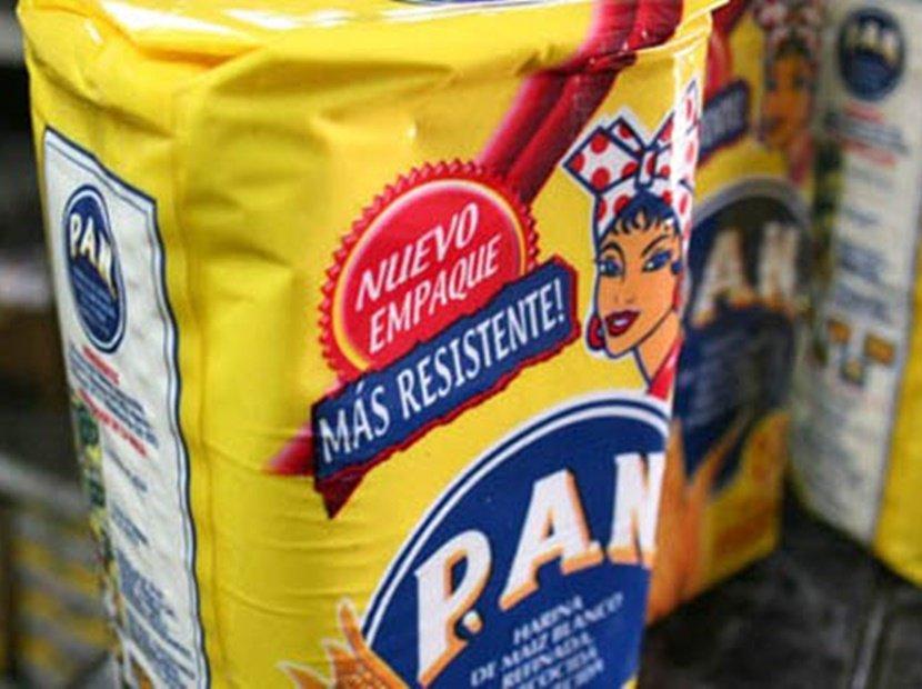 "Bachaqueros estafan a consumidores con ""paquetes chilenos"" de Harina Pan (+Video) https://t.co/Ffo2l7yedA  https://t.co/YCDbMMjAO5"