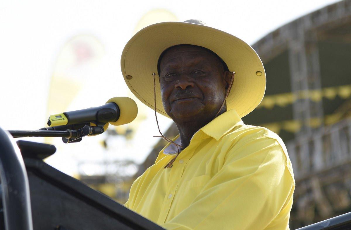 « Pays de merde »: le président ougandais salue la « franchise » de Trump.  https://t.co/HiQt5duCfc