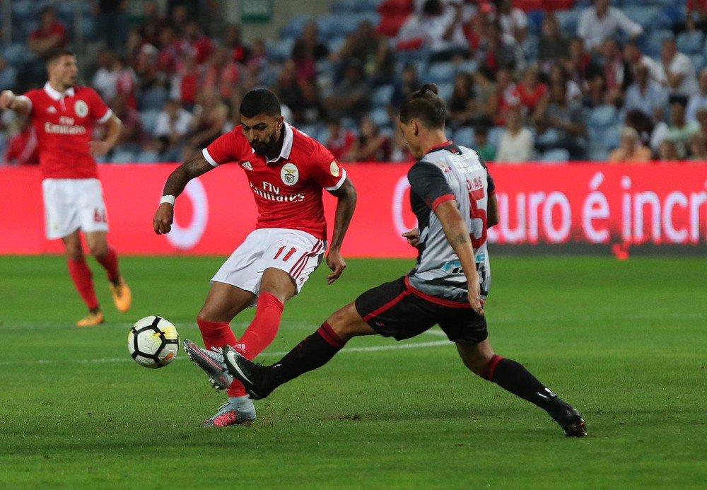 Acordo entre Inter de Milão e Benfica trava anúncio de Gabigol pelo Santos: https://t.co/CO9Yug1OV9  #SelecaoSporTV