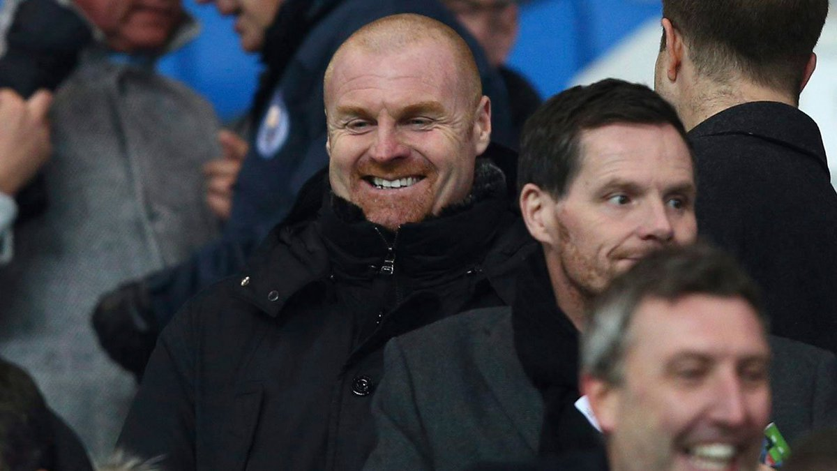 Burnley tied manager Sean Dyche to a new 4 1/2-year deal and signed former England winger Aaron Lennon on loan from Everton on Tuesday.  https://t.co/bEf6dEYkRx