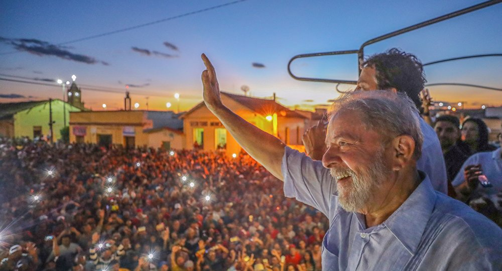 New York Times: Com julgamento de Lula, 'democracia brasileira está à beira do abismo' - https://t.co/JjhigMr9H2