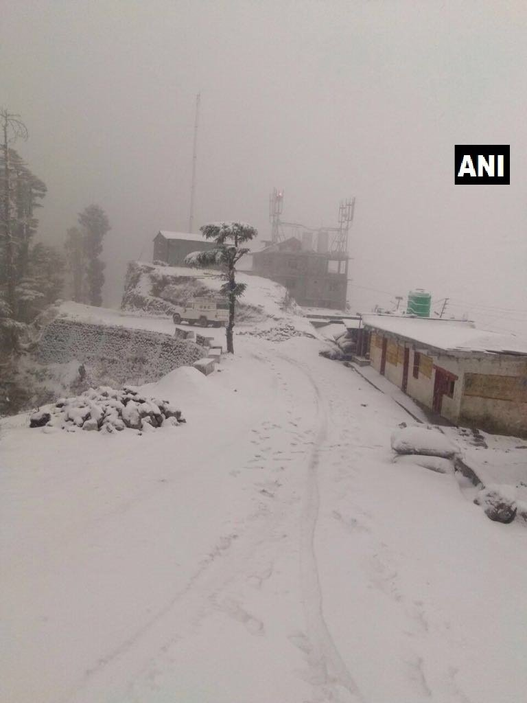 Uttarakhand: Tehri Garhwal's Dhanaulti received fresh snowfall earlier today.