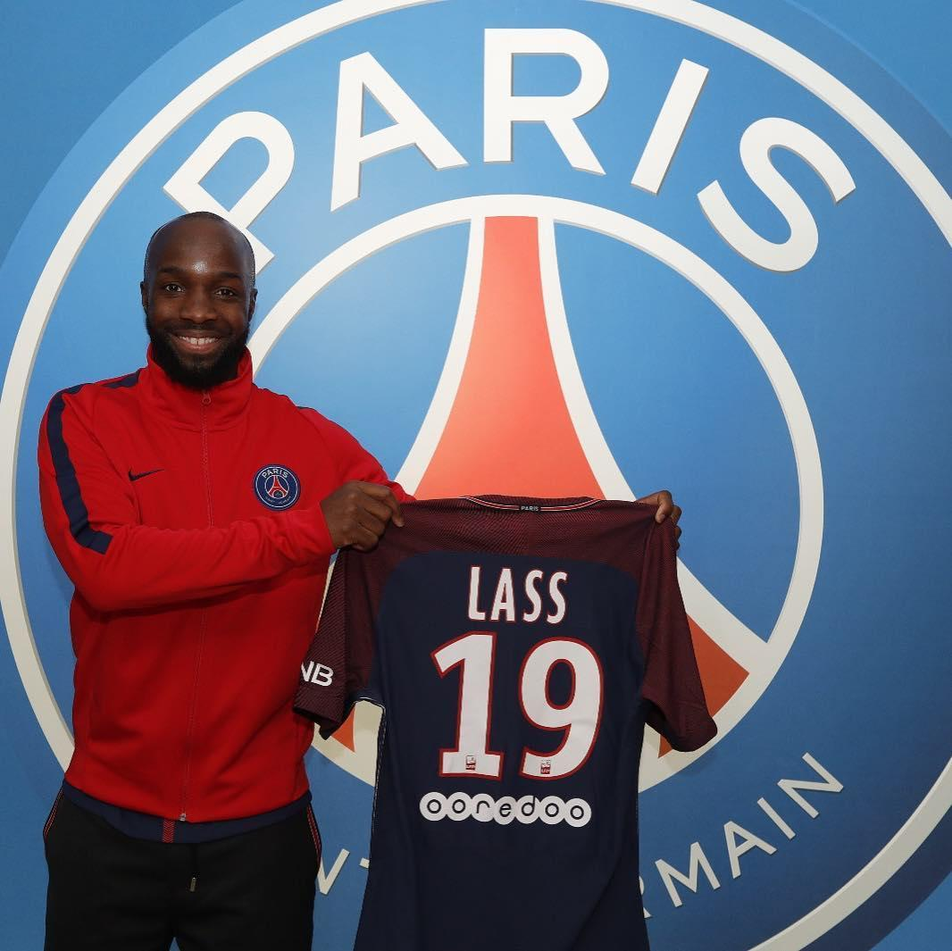 paris united on twitter bienvenue au psg lassana diarra m me si tu as sign jusqu 39 en 2019. Black Bedroom Furniture Sets. Home Design Ideas