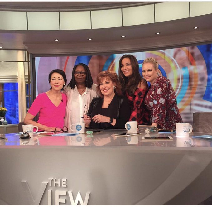 SO amazing having @AnnCurry co-host @TheView today! https://t.co/VWcBYRdZmm