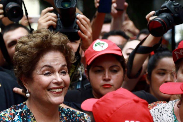 Em ato em Porto Alegre, Dilma diz que Lula 'não é um radical' (via @folha_poder) https://t.co/hgroU6WeVe