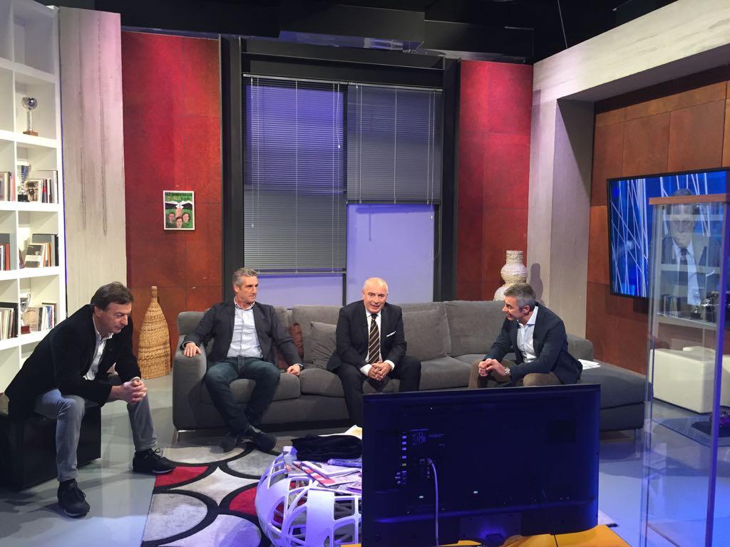 RT @RaiSport: ORA in onda #ZONA11PM! PARTITI! Raisport+hd https://t.co/lTltfcZySt