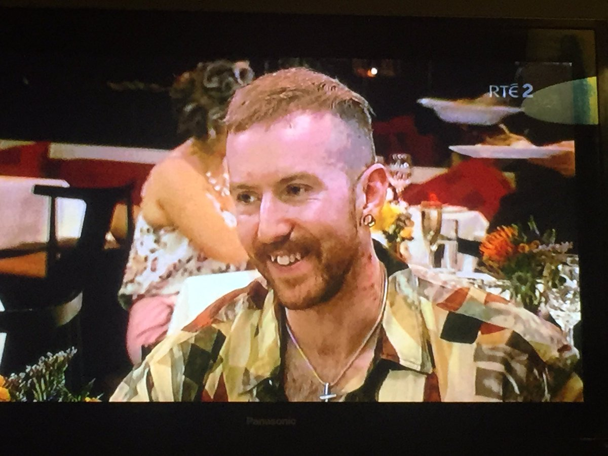 RT @Bazzyb85: Joey the lips is fooling nobody.  The haircut suits you brother Fagan #FirstDatesIRL https://t.co/jullFfxi73