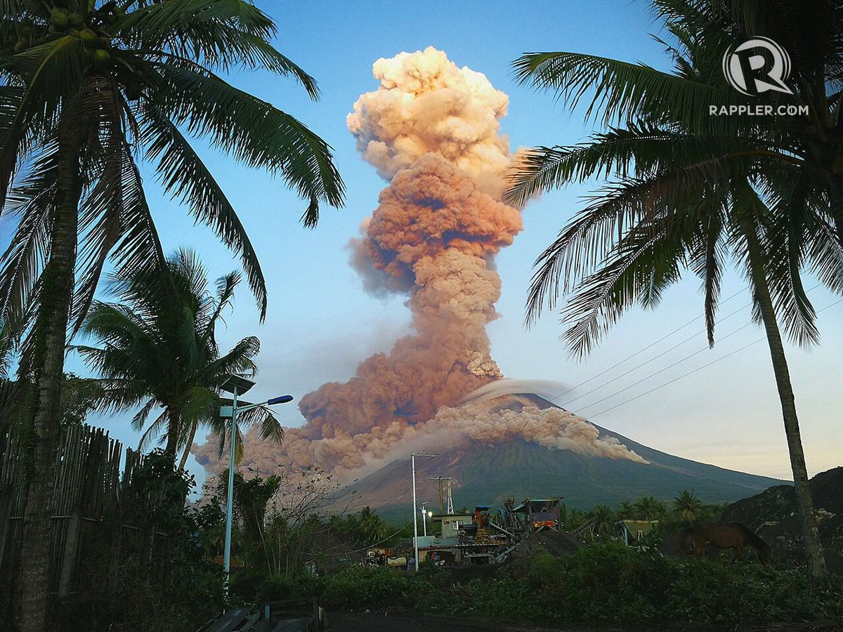 Mayon Volcano erupts again, spewing ash and lava. Taken from Legaspi City, Albay. Photo by Maria Tan