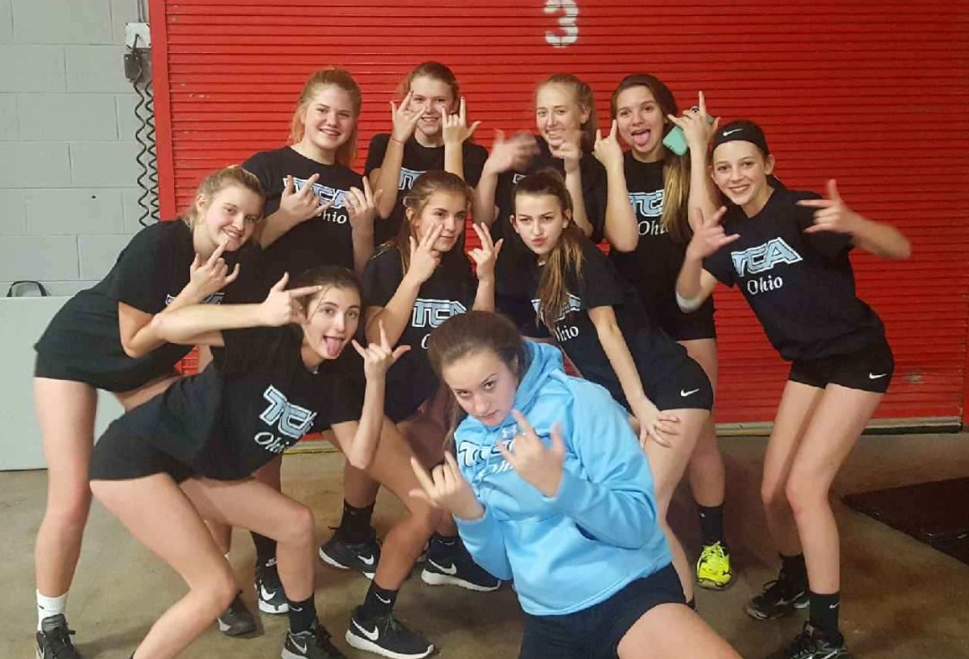 Ohio Valley Region On Twitter Teammatetuesday Introduces Us To Tca 14 Black A2 13 Jade 2 Girls Volleyball Club Hey Ladies Volleyball Ovr Volleyfamily Teamwork Https T Co 6f4i2r2g5n