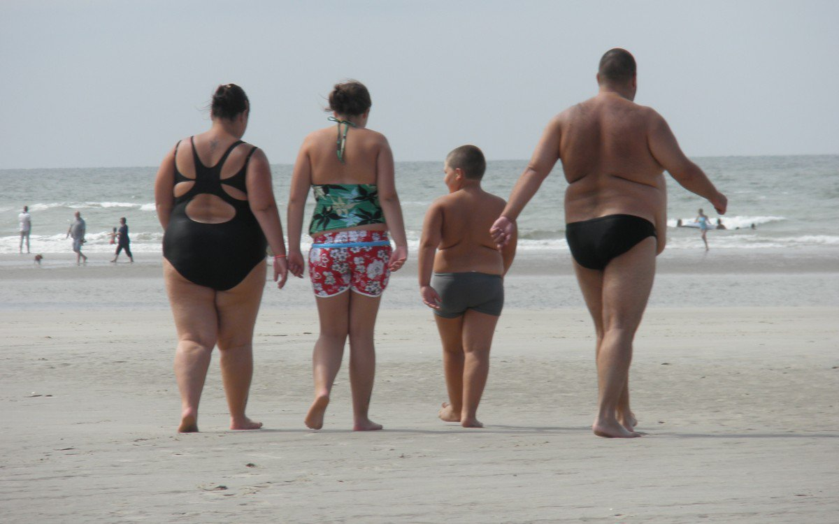 Толстые женщины на прогулке, Фото толстушек с жирными ляжками - лучшие галереи 23 фотография