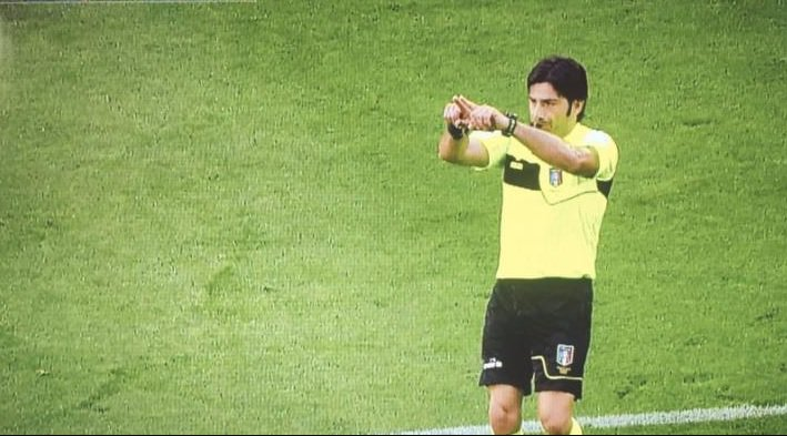 La Uefa boccia il Var? Il presidente Ceferin potrebbe bloccarlo in Champion e ... - https://t.co/EI5QiBjtEa #blogsicilianotizie #todaysport