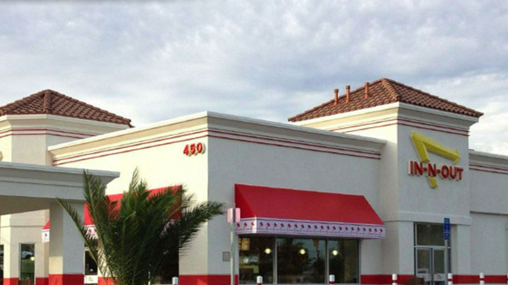 In-N-Out Burger reveals managers make $160k on average https://t.co/pCBxNa2NUd