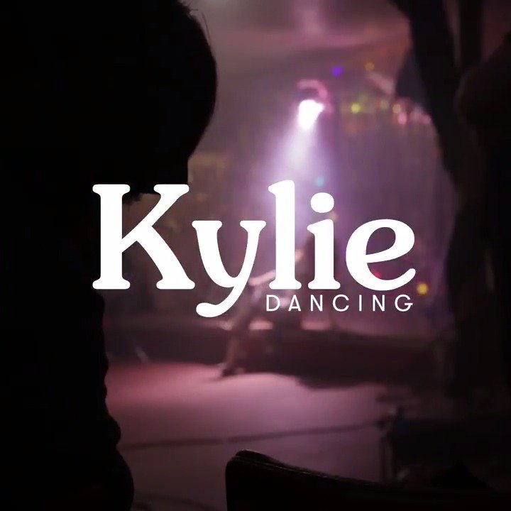 One million streams on @Spotify! That's a lot of #Dancing 💃🏼✨ Love it... love you!! 💛 https://t.co/KQjUMujcSf https://t.co/BJI7rEVx5c