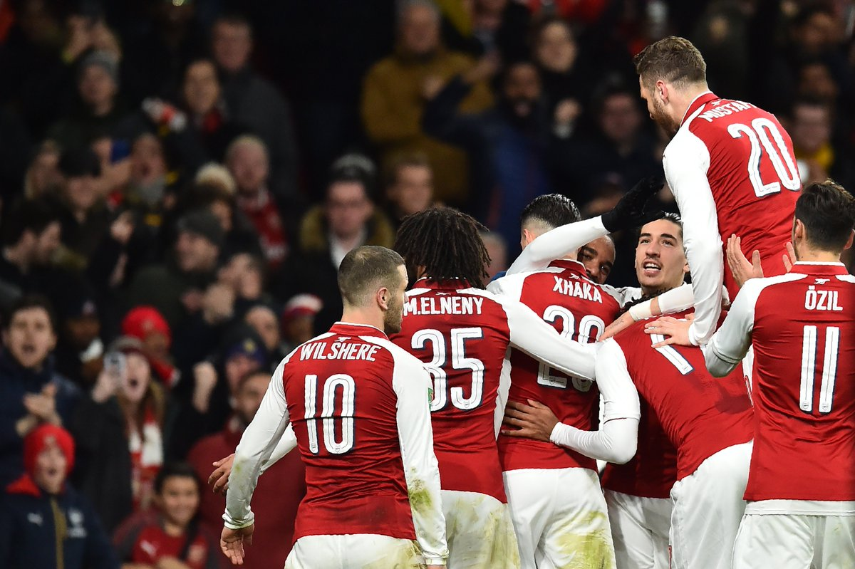 Arsenal 2-1 Chelsea (agg 2-1) : Wenger's men rated and slated  https://t.co/KZZuiMiyf7   #AFCvCFC  #AFC