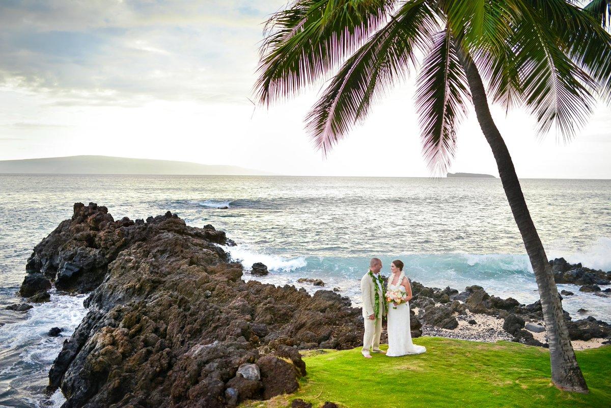 Ashley Acton Location White Orchid Beach House Wow Planner Patty Flax Fls Teresa Sena Cake Maui Wedding Twitter