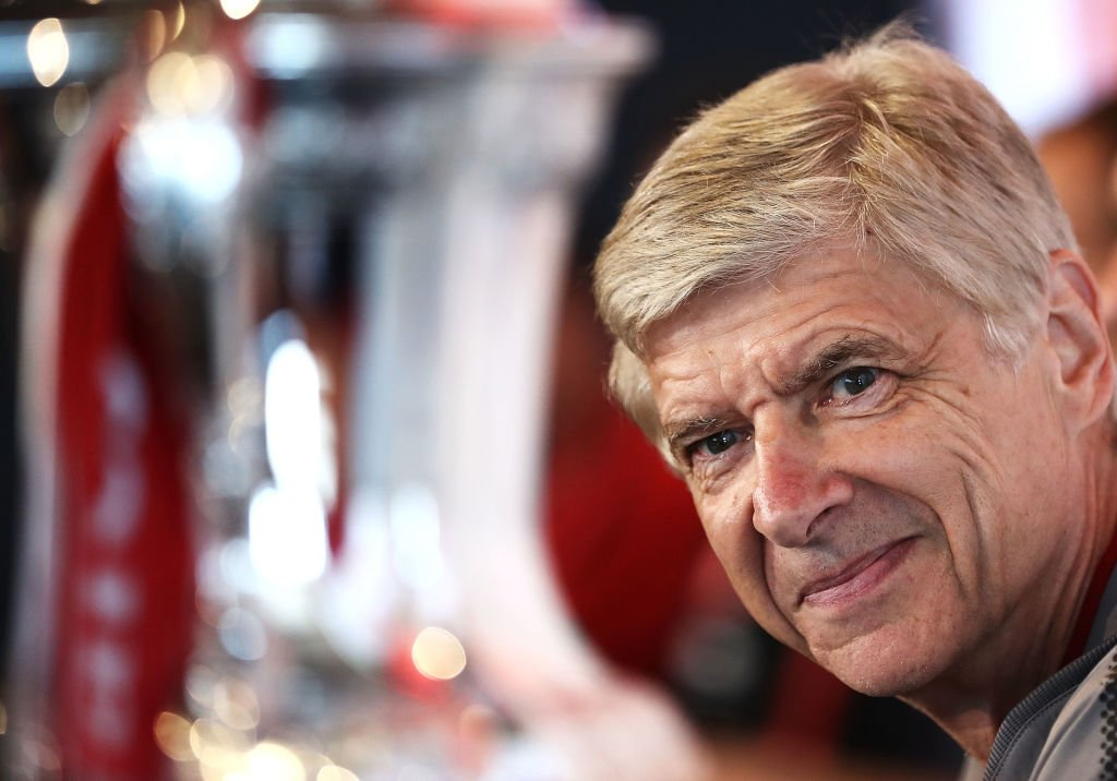 Arsene Wenger's recent record against Conte:  W D D W W  W is for Wembley 🤣 #Arsenal #AFCvCFC