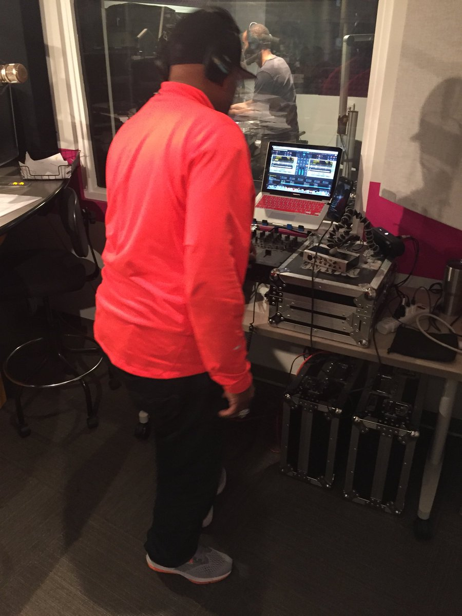That's @DJDIRTYRICO rocking the house right now on @MajicDC 102.3/92.7! #EarthWindandFire