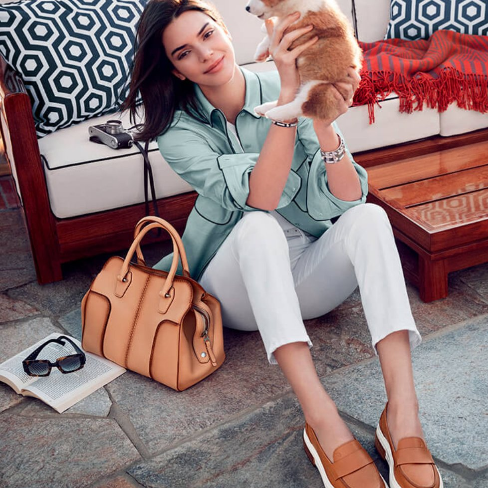 "Enlisting millennial ""It"" girl Kendall Jenner was just one step Italian luxury group Tod's took upon their ""year of transition"". #SS18 #Tods #KendallJenner #Kendall #leather #leathergoods #campaign #fashioncampaign https://t.co/7u6A51t5KS"