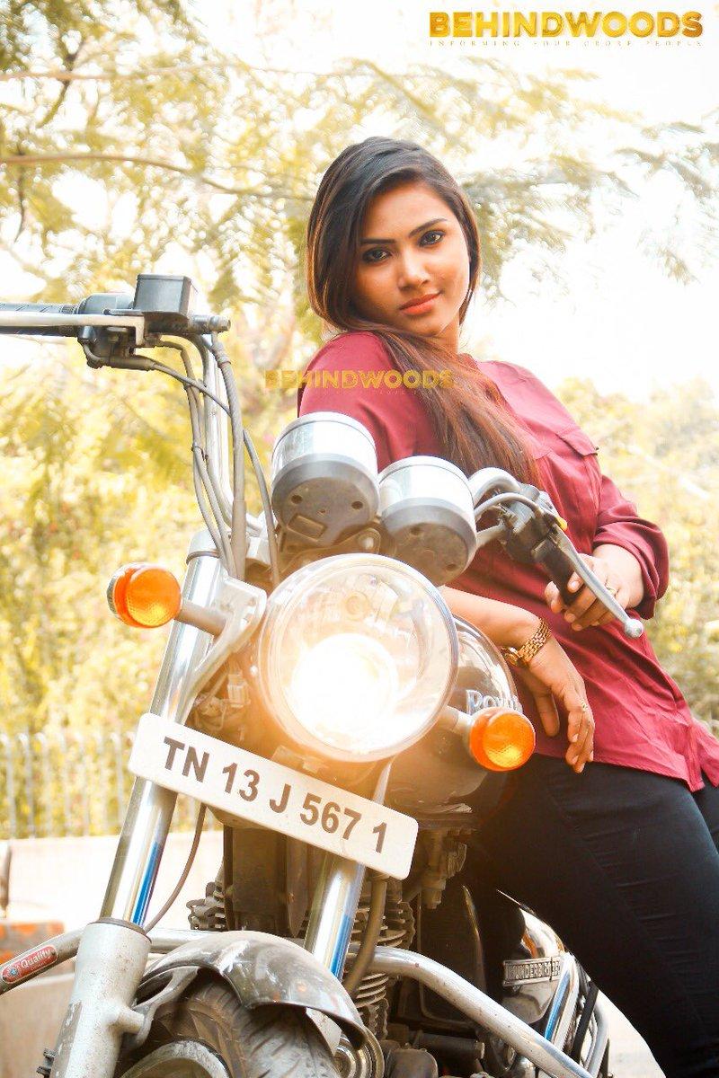 By Photo Congress || Nandhini Myna Age