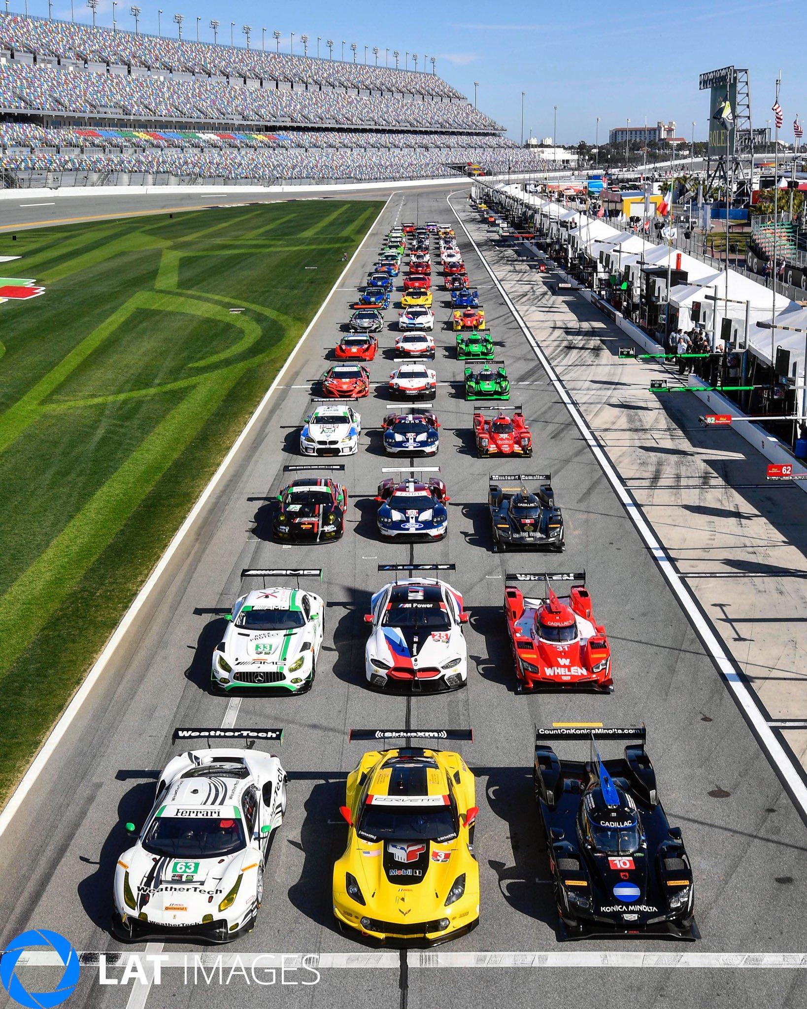 24 horas de Daytona 2018 - Página 2 DUYusjOX0AA1pXT