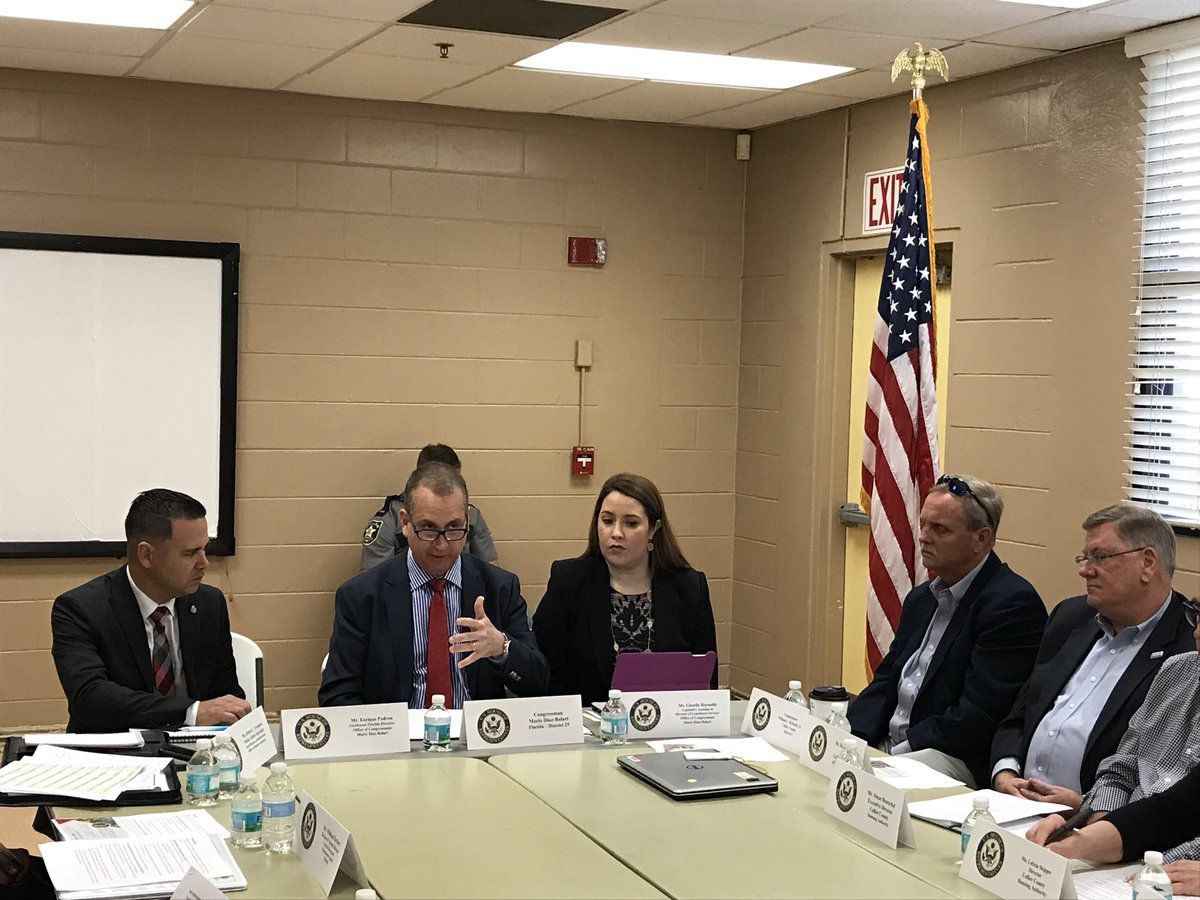 This morning, I hosted a roundtable in Golden Gate on the hurricane recovery process after Hurricane Irma. I'm grateful to the local officials and community leaders in Collier County who participated and shared their thoughts. #SWFL #IrmaRecovery <br>http://pic.twitter.com/MJE5x938JR