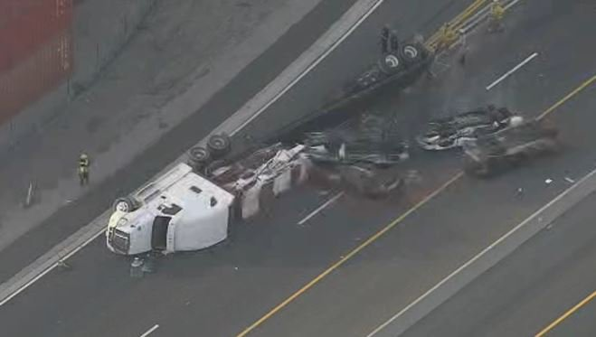 Nbc Los Angeles On Twitter Just In Car Carrier Overturns In Long