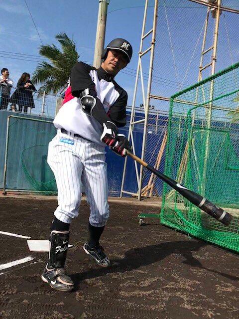 25年目のキャンプに突入した福浦選手。まもなくフリー打撃です。(広報)  #2018年マリーンズ春季キャンプ #chibalotte