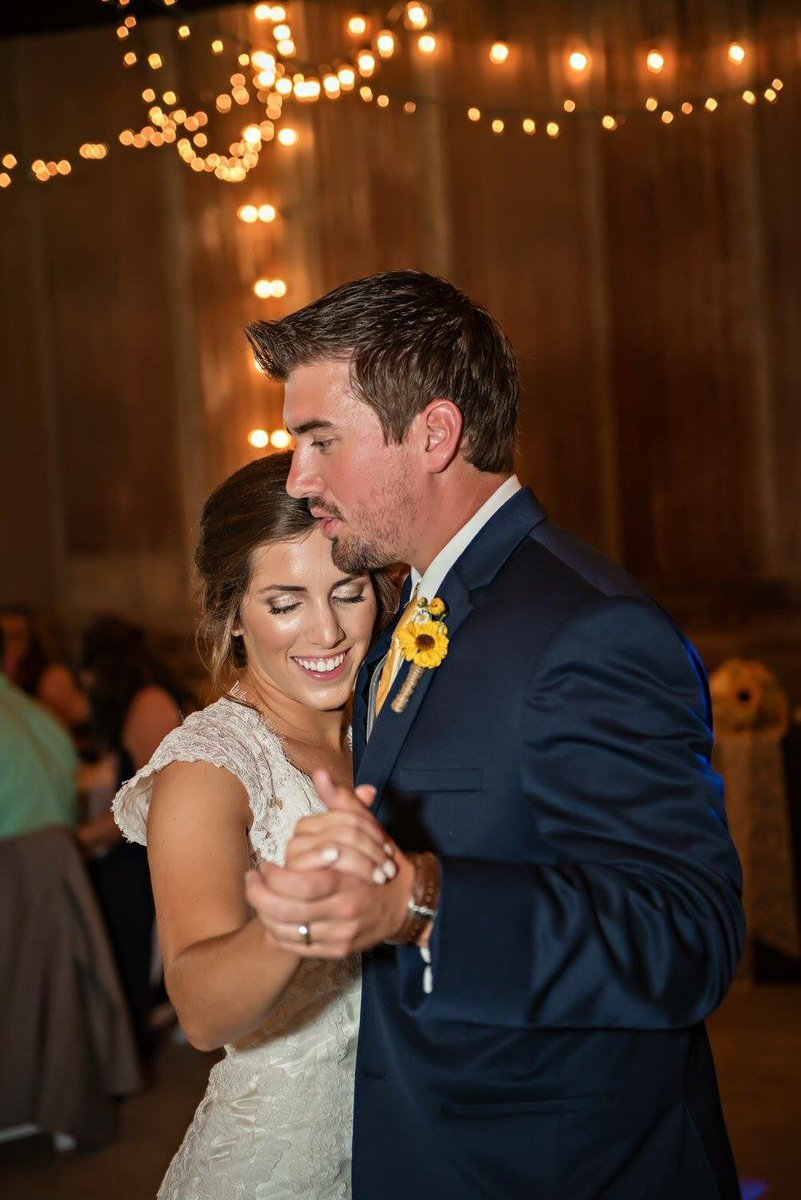 Mckenna ralston on twitter hey bretteldredge these two are coming they are celebrating an anniverary birthday and he still sings every word to her help them celebrate with a meet and greet picitterbpulyvg0mc kristyandbryce Gallery