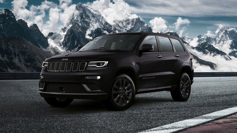 .@Jeep Grand Cherokee S is handsome dressed in all black ... Too bad it's only slated for Europe: https://t.co/TGlbuz1szD https://t.co/epJs0TpwuR