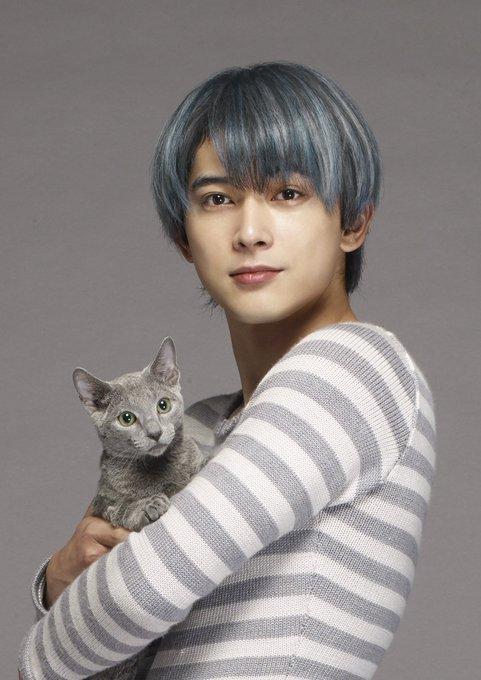 まずは、自分のことを人間で沙織の恋人だと思い込んでいる沙織の飼い猫、良男役に吉沢亮さんです! 吉沢亮さん「いつかお仕事でご一緒したいと思っていた方ばかりの
