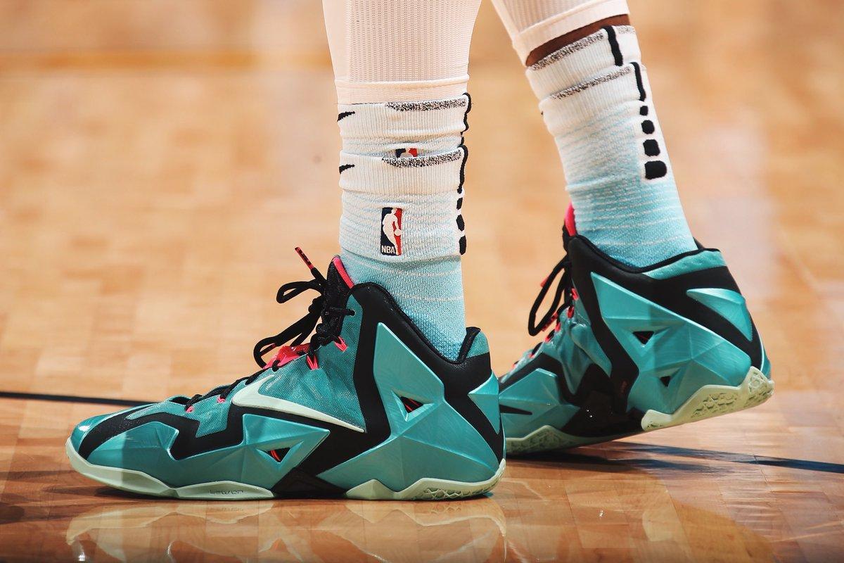 Josh Richardson in the Nike LeBron 11