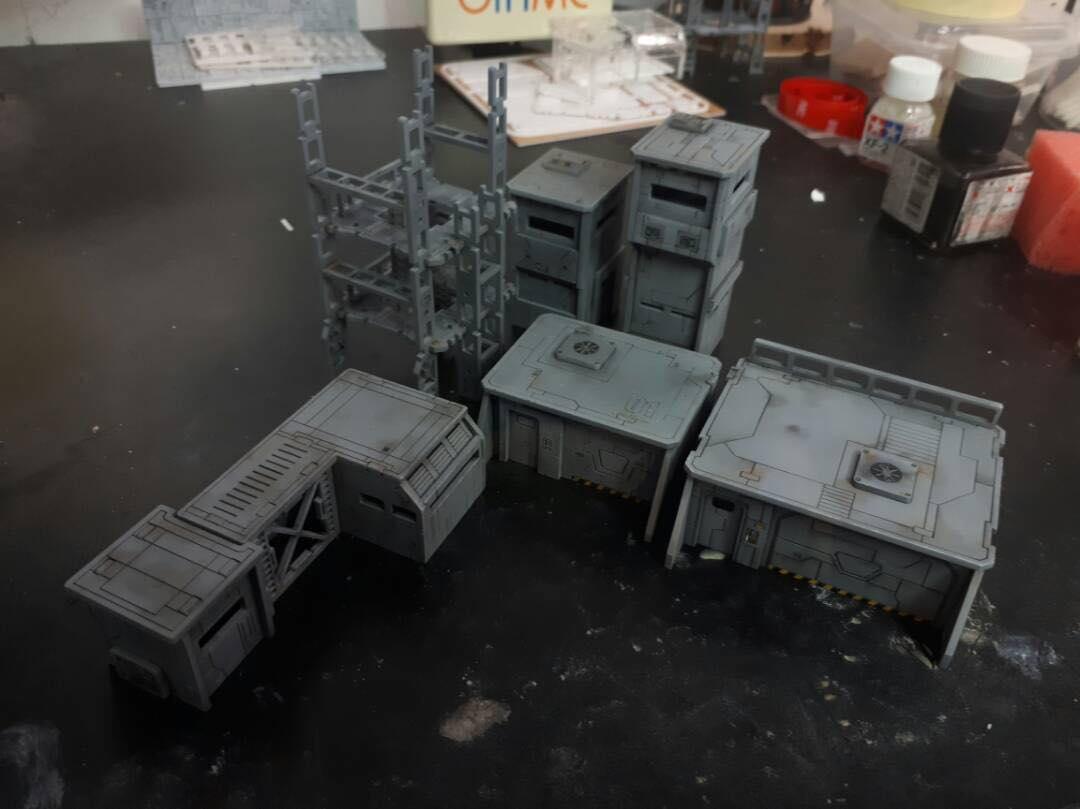 ジオラマ建築キット、近日入荷します、5種類、いろいろ組み合わせてオリジナルを作れます、SF.AFV.ガンプラ等に使えます 各1.200円(税抜)