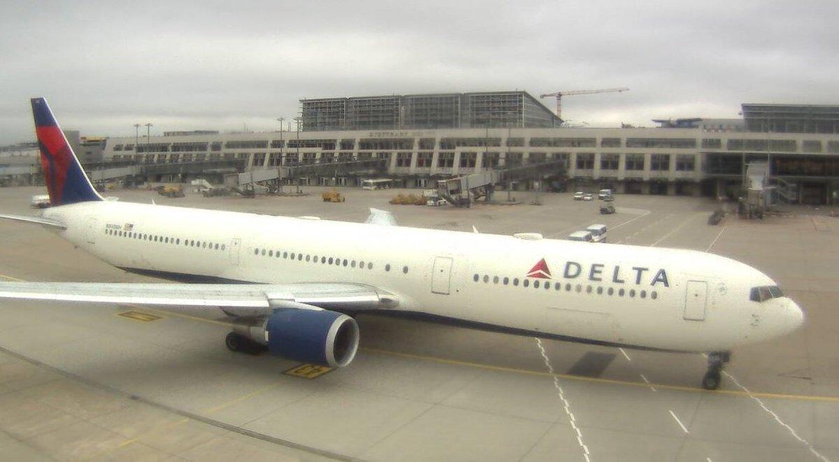 Hkg airport webcams
