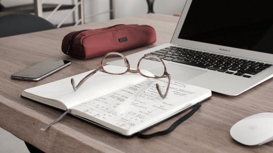studyqa studyqa twitter  свободного скачивания от профессоров Университета Ланкастера Основная тема как написать докторскую диссертацию Там вы найдете ответы на все вопросы