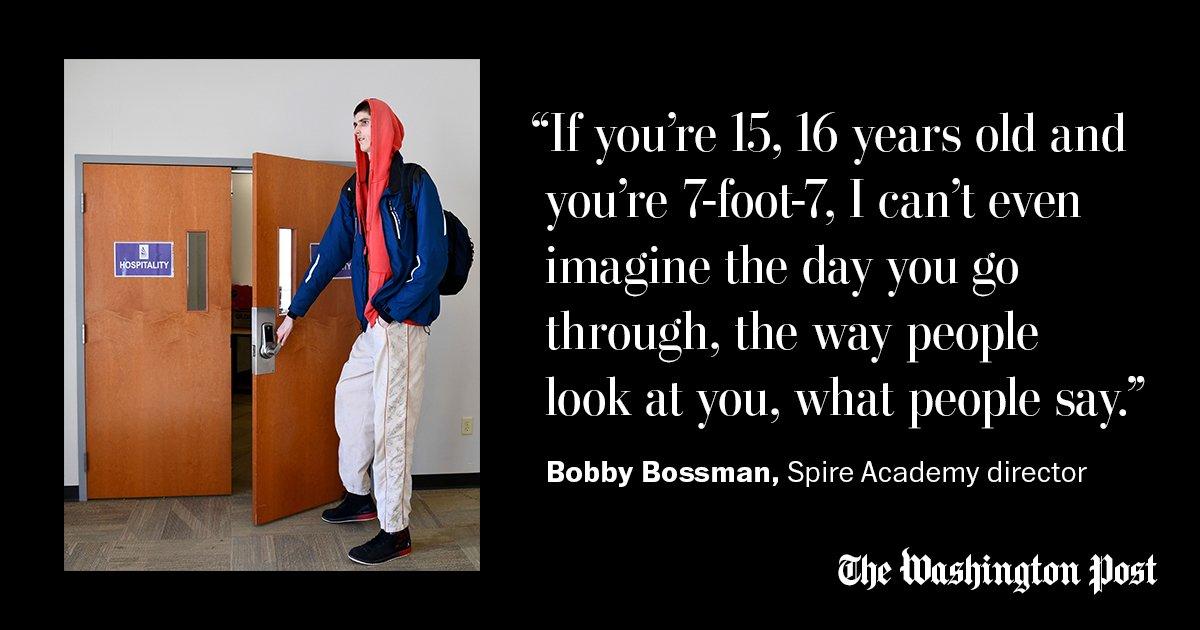 Robert Bobroczky : foot Robert Bobroczky unique basketball