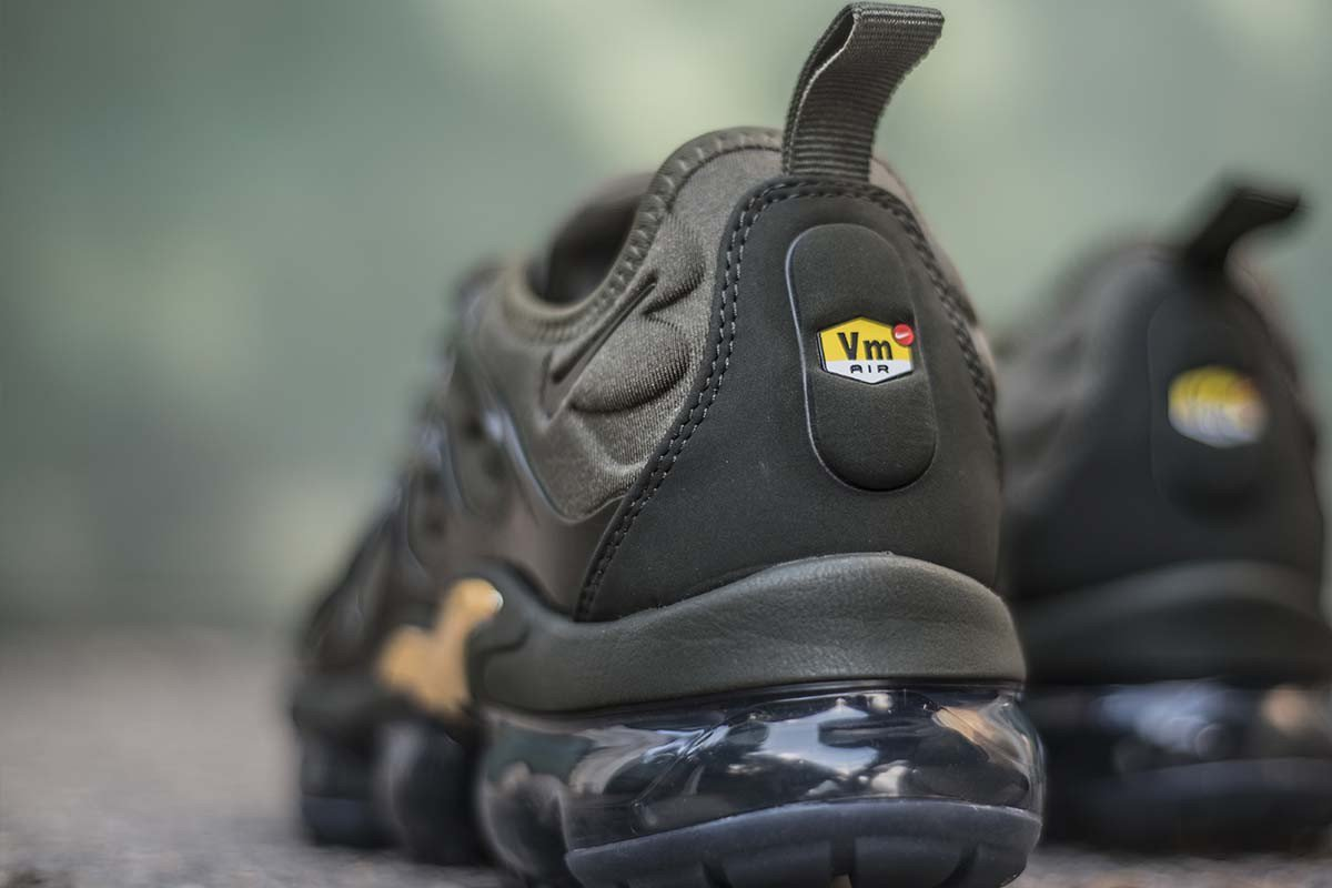 1c532ac0dcc New vibes  NIKE AIR VAPORMAX PLUS CARGO KHAKI   924453-300 Instore and  online ...